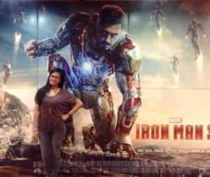 To complete my Iron Man experience! A picture with My Man! I meant, Iron Man! Teehee!